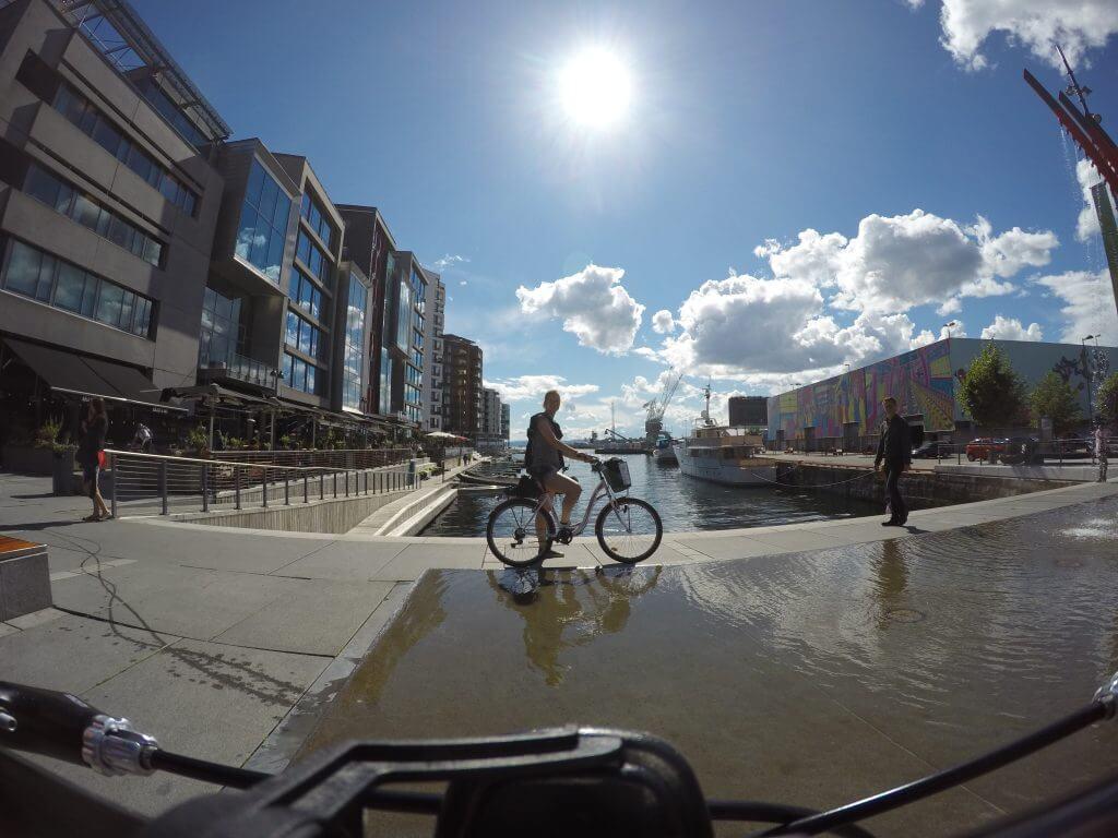 Cycling through Oslo.